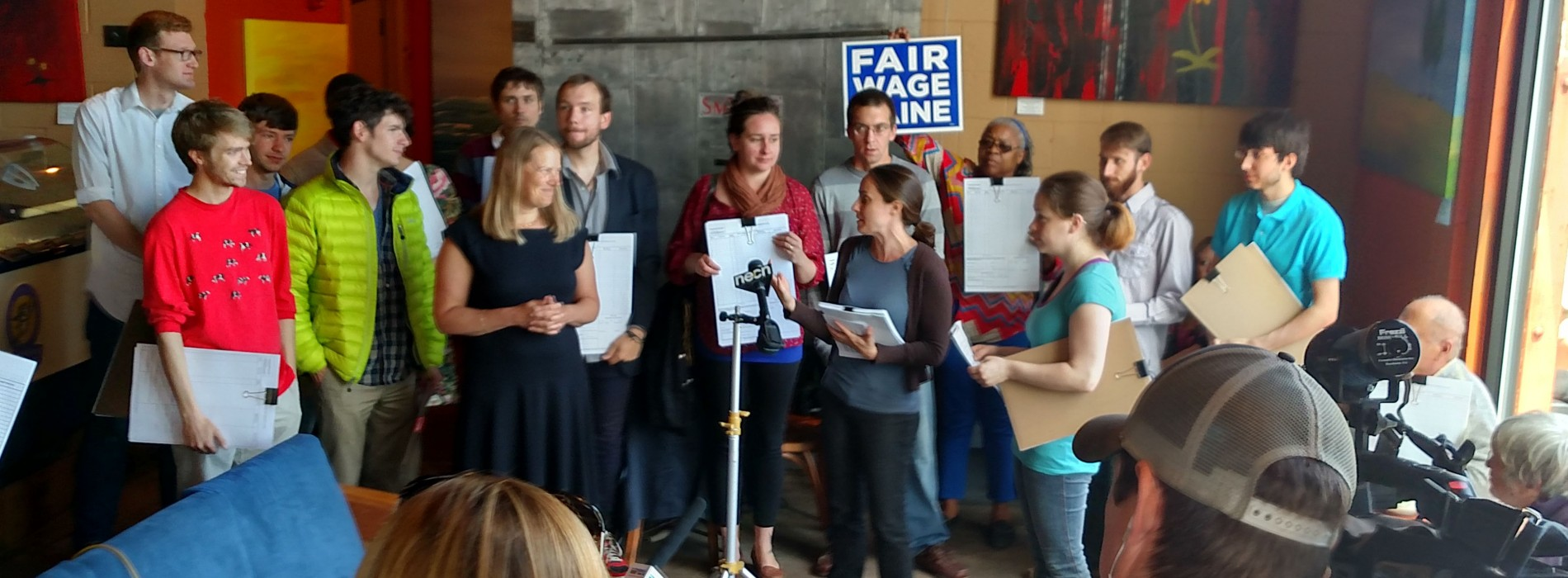 Minimum wage referendum signature collection begins in Portland