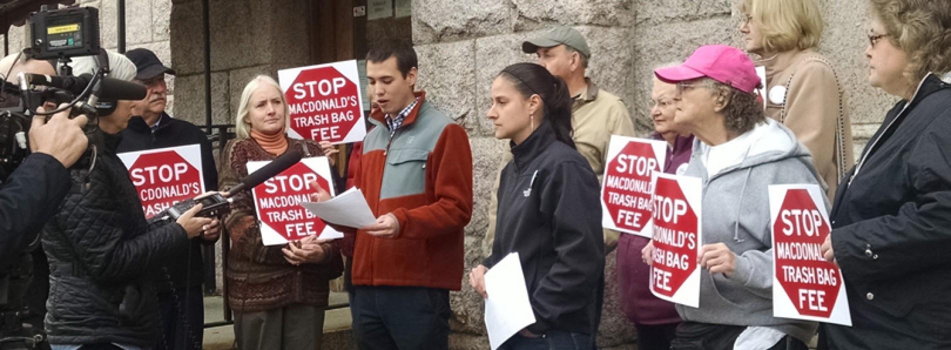 Ben Chin rallies opposition to Mayor Macdonald's new trash bag fee
